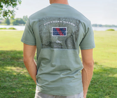 SOUTHERN MARSH EXPEDITION SERIES FLAG S/S TEE