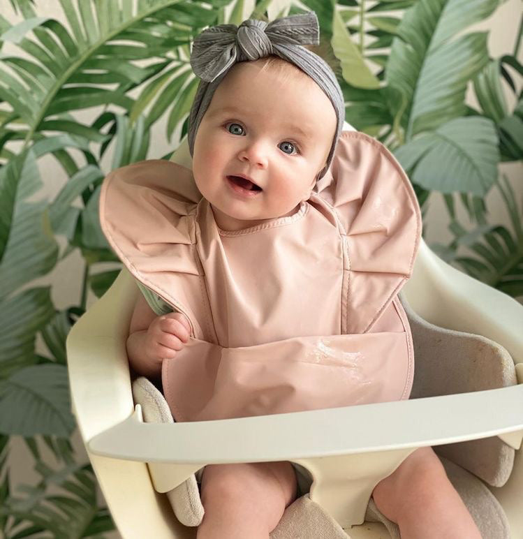 waterproof snuggle bib | nude.