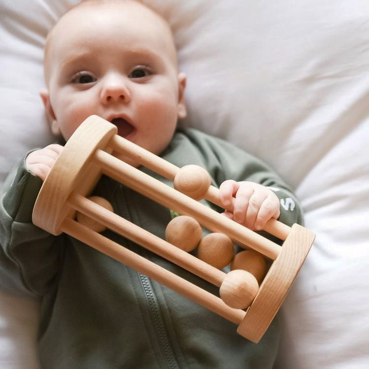 rolling rattle | wooden.