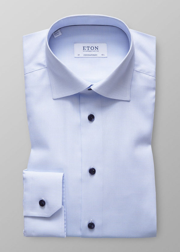 CONTRASTING BUTTON CONTEMPORARY FIT