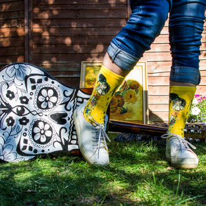 KLIMT'S THE KISS CREW SOCKS - Artsyez Unique Art Gifts