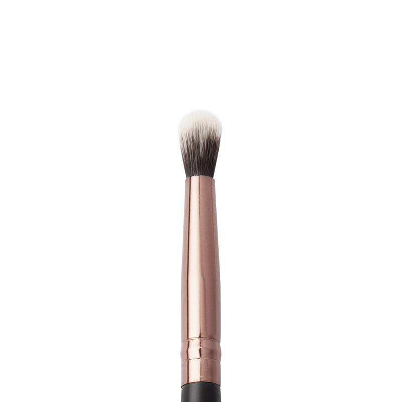 Detailed Crease Brush 118