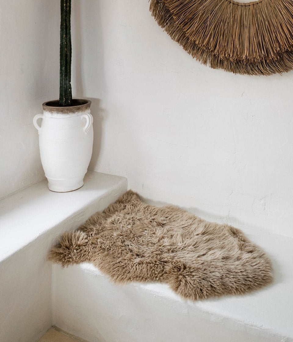 New Zealand long wool Sheepskin rug on bench seat