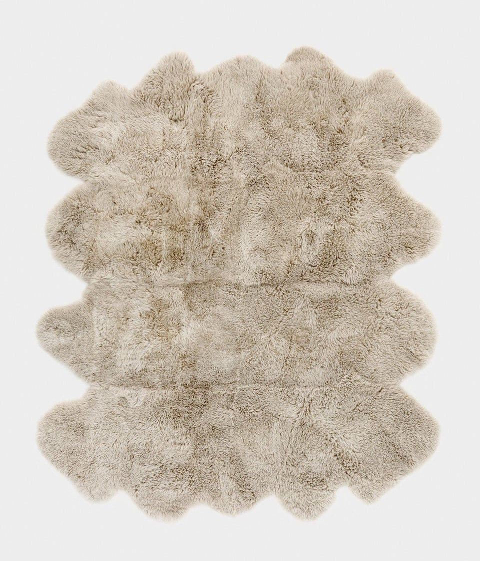 Natural coloured large New Zealand sheepskin rug