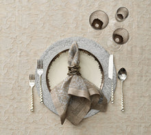 Load image into Gallery viewer, Kim Seybert Flux Napkin Ring in Silver - Set of 4