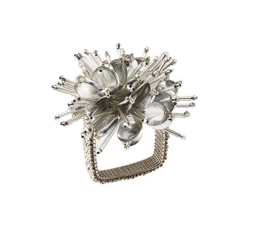 Set of 4 Kim Seybert Starburst Napkin Rings in Silver