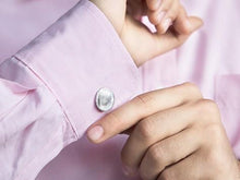 Load image into Gallery viewer, Custom Silver Fingerprint Cufflink Kit