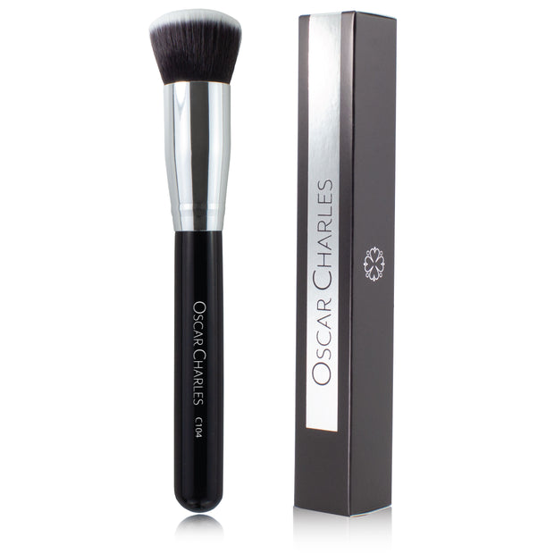 Oscar Charles 104 Luxe Flat Top Kabuki Buff Makeup Brush
