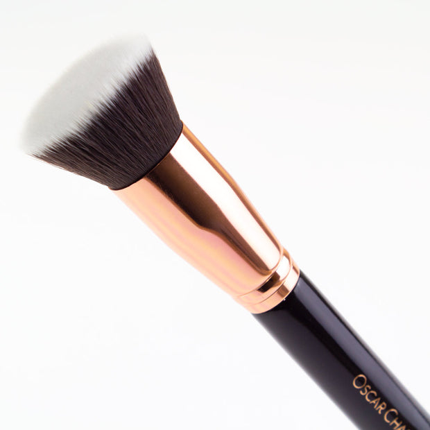 Oscar Charles 104 Luxe Flat Top Foundation Buff Makeup Brush