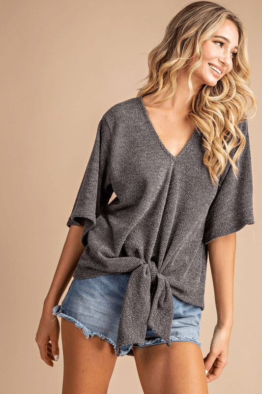 OLIVIA FRONT KNOT TOP