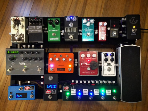 Custom PedalBoard build 1