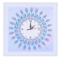 35 x 35 diamond painting clock (rhinestone) - soft purple DZ067