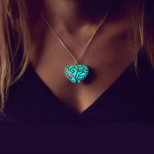 Glow In The Dark Vintage Heart Necklace