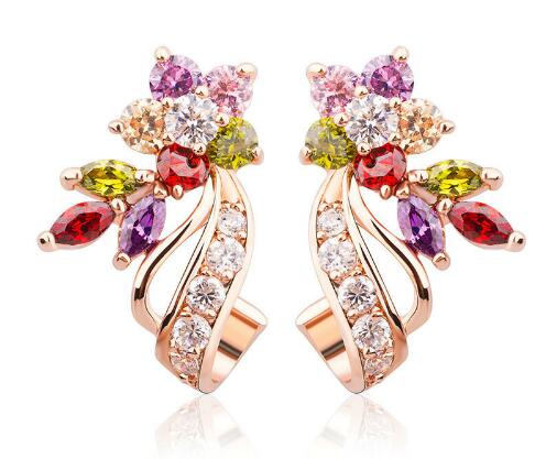 Chic Fashionable Earrings with White/Multicolor Flowers