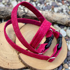 Raspberry British wool collar