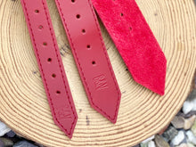 Load image into Gallery viewer, B&V Leather handmade collar, In deep red