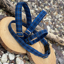 Load image into Gallery viewer, Blue/navy tartan collars & lead