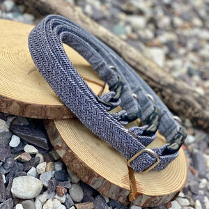 Grey herringbone collars & lead