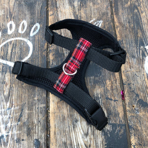 Handmade dog harness in classic red tartan