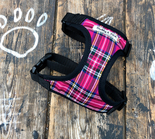Handmade dog harness in bright pink tartan