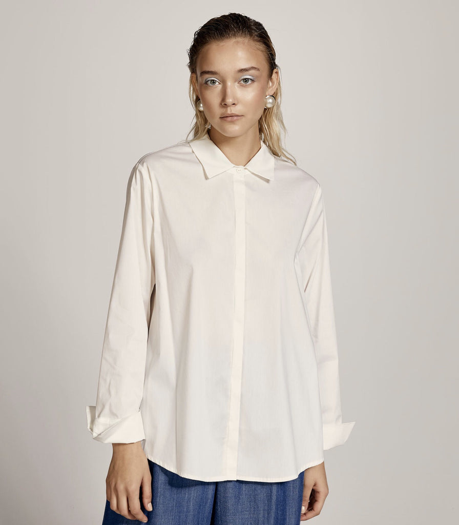 White Shirt with Turn-up Sleeves