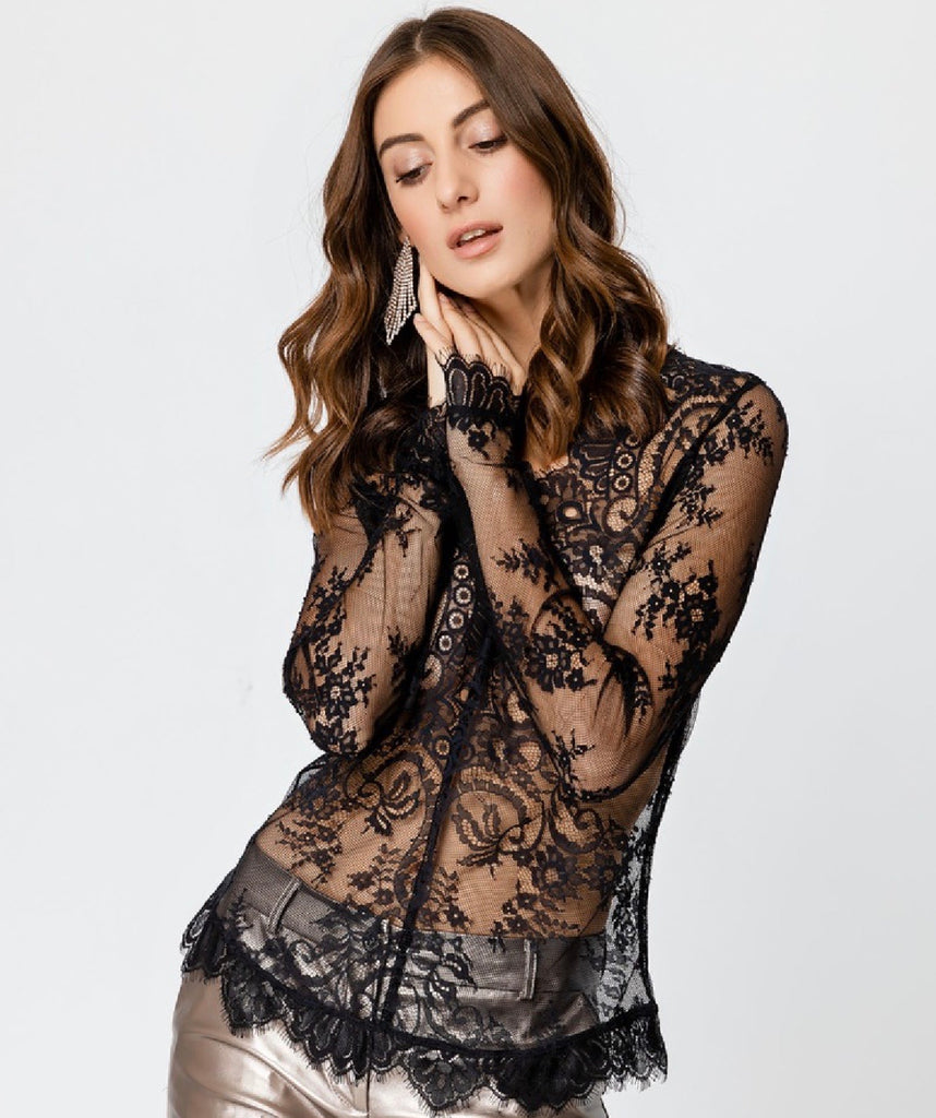 Lace Long Sleeved Fitted Top