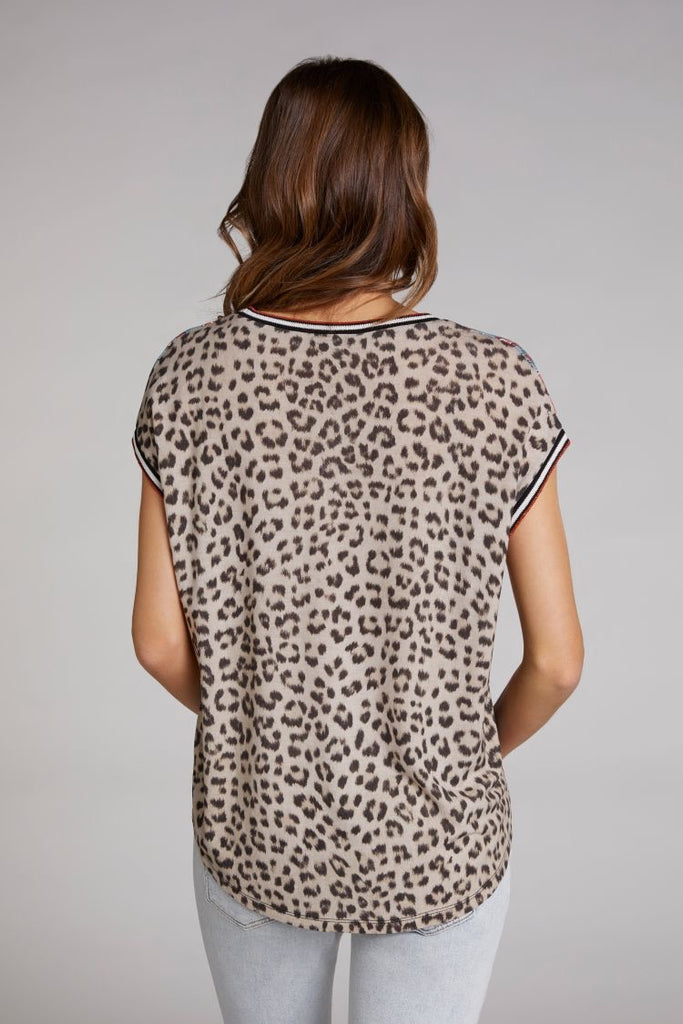 T-shirt with Paisley Front and Leopard Print Back