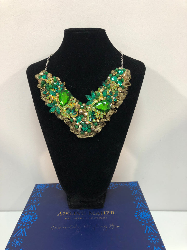 V Collar - Green & Gold with Gold Lace