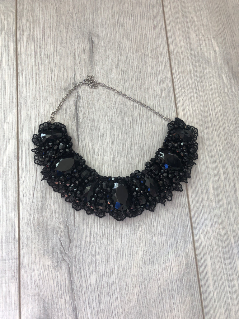 Small Collar - Black Crystal with Black Lace Trim