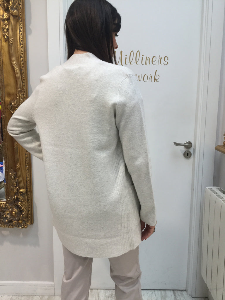 Elegant Cardigan with Decorative Pin