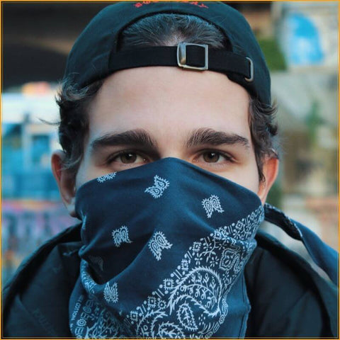 bandana-over-mouth-and-nose
