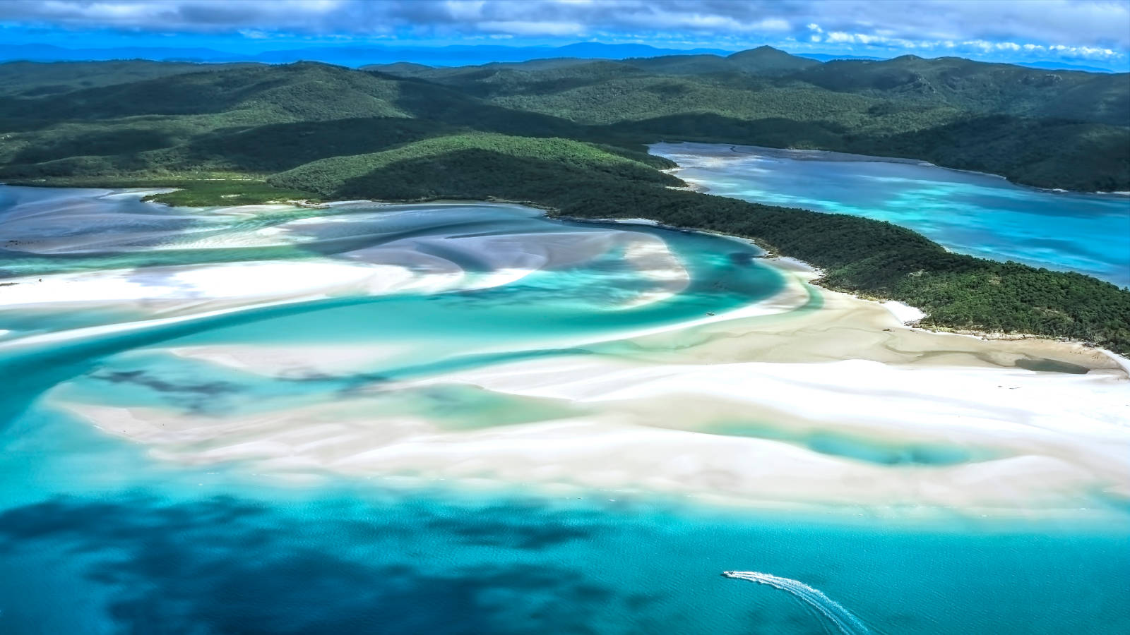14-night Queensland Highlights Cruise from Melbourne