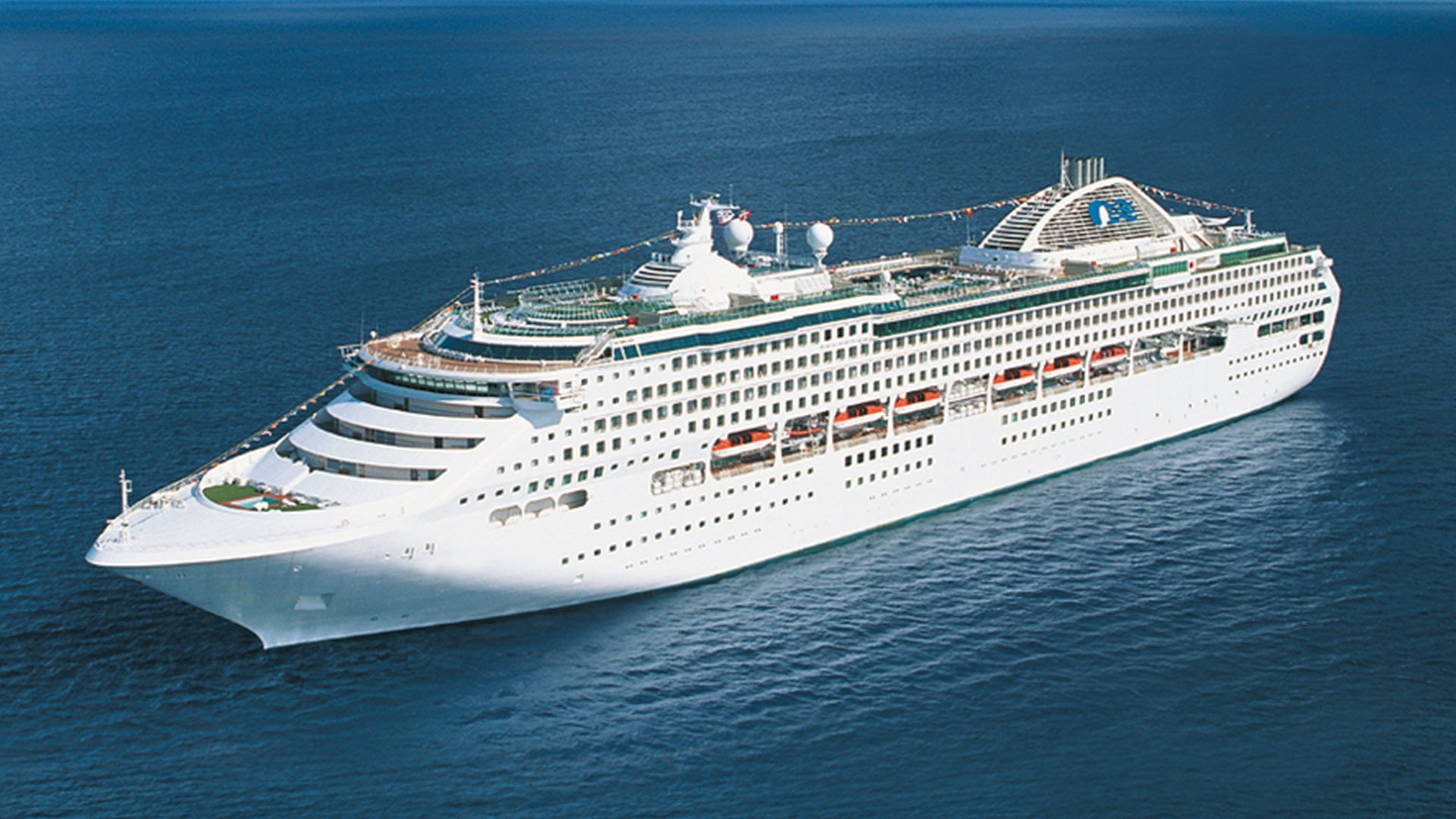 Circle Australia on a 28-night cruise from Sydney!