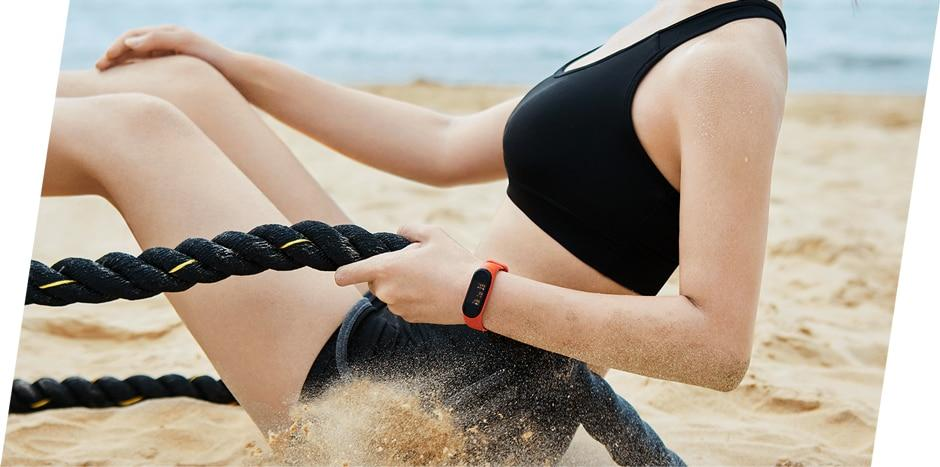 Xiaomi Mi Band 4 Smart Band, Color AMOLED Display, Fitness Tracker, Bluetooth 5.0, Water Resistant
