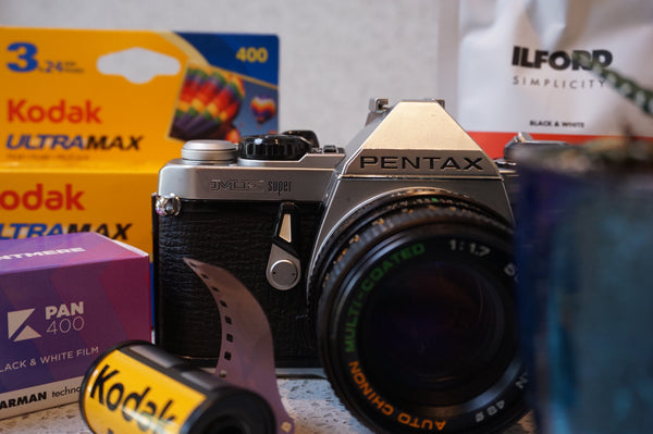 #121 - Pentax ME Super + Chinon 50mm f1.7