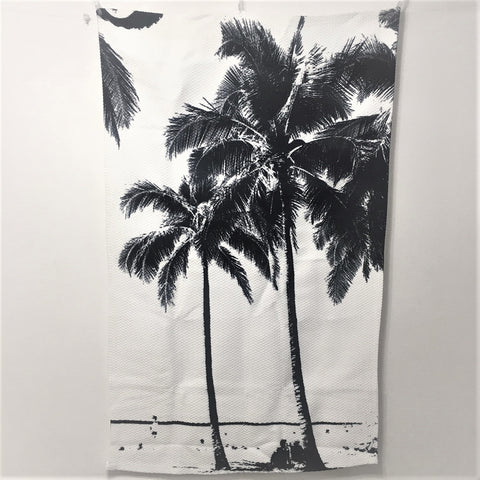 <即納品>ラグマット Black and White Palm Tree with Hawaii Summer Sea Beach 約89cm × 約145cm