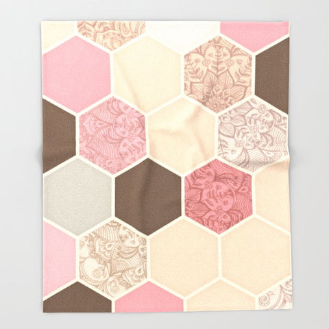 ブランケット Caramel Cocoa Strawberry Cream Hexagon Doodle by micklyn