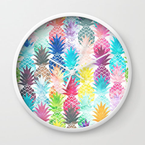 壁掛け時計 Hawaiian Pineapple Pattern Tropical Watercolor by Girly Trend