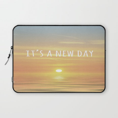 パソコンケース It's A New Day (Typography) by ALLY COXON