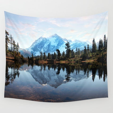 タペストリー Mt Shuksan by Sylvia Cook Photography