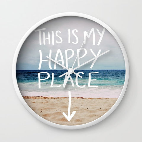 壁掛け時計 My Happy Place (Beach) by Leah Flores