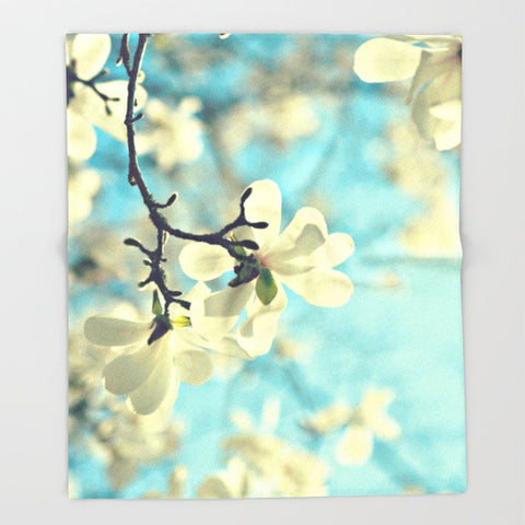ブランケット white magnolia by Sylvia Cook Photography