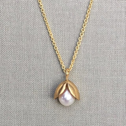 Bursting Pod Gold Necklace
