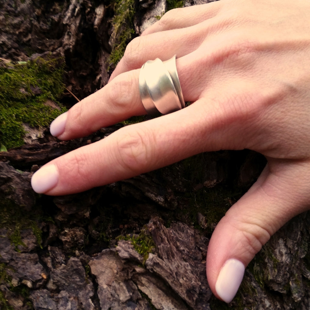 Iris Ring Large - InBloomJewelry