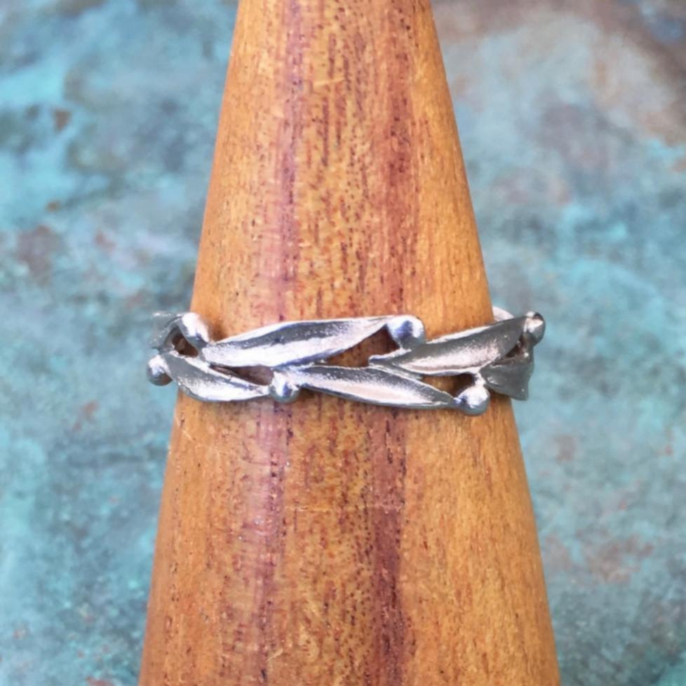 Leaf and Dot Band - InBloomJewelry