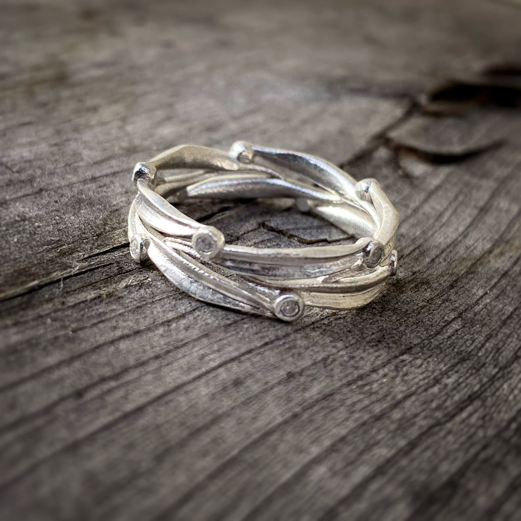 Leaf and Dot Diamond Band - InBloomJewelry