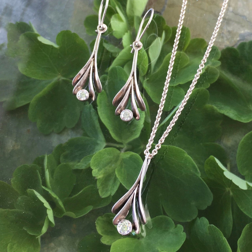 Sedum Earrings with Diamond - InBloomJewelry