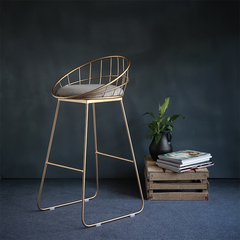 Simple Bar Stool