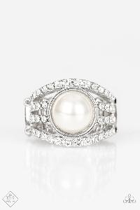 A Big Break * White * Paparazzi Ring
