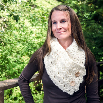 Cross Hatch Button- Up Cowl Crochet Pattern